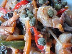 Креветки с овощами в сливочном соусе