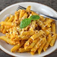 This creamy butternut squash pasta recipe is incredibly comforting and delicious the whole family will love it! Get the recipe here.
