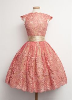 Coral Homecoming Dresses Zipper-Up Cap Sleeve A Lines O-neck Above Knee Lace Tailor Dresses Coral Homecoming Dresses, A Line Prom Dresses, Prom Gowns, Sexy Dresses, Evening Dresses, 1950s Dresses, Lace Dresses, Vintage Outfits, Vintage Party Dresses