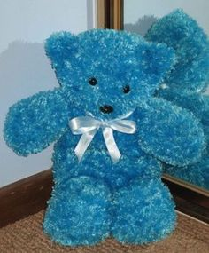 easy knitting patterns (stuffed animals, scarves, etc).