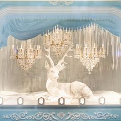 Magical window display at Tiffany on Champs-Élysées