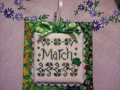 and older, finished ornaments December 2015 Winter Tree, Lesley Teare Freebie. Lizzie Kate NO Peeking, Tiny Tidings patte. St Patrick's Cross, Celtic Cross Stitch, Lizzie Kate, Winter Trees, St Patricks Day, Needlepoint, Diy Projects, Ding Dong, Seasons