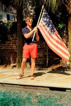 The fourth of July and preppy men are two things that work in perfect combination.