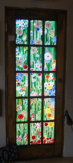 I'd love to do something similar to this for one of my doors! My friend would have a good laugh at this, as my glass for my first (and only) project sat at her house for 4 years, undone.