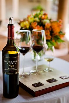 Our fave wine - Waterford Cabernet Sauvignon 2009 with Rock Salt Dark Chocolate is known to be one of the best chocolate pairings in the Western Cape Chocolate Wine, Chocolate Party, Best Chocolate, Malta, Wine Away, Grapes And Cheese, Best Wine Clubs, Champagne, Wine Gift Baskets