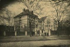 Riga (Latvia) old times,same beauty.1938 год. Рига. Улица Миера, 62. Здание школы (источник фото: Latvijas Nacionālā bibliotēka)...