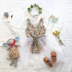 ➳ p a r t y |  how beautiful are all these little tinkets together, magic!  Just loving the @littleoliveandco swan banner | tap image for all product details  x  #heartme #heartmeluv #pomplaysuit #fairy #kidsfashion #style
