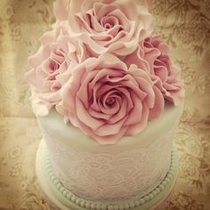 Vintage birthday cake - by Priscilla's Cakes @ CakesDecor.com - cake decorating website