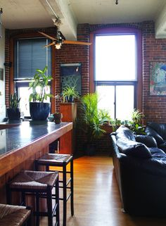 Boston loft/studio by maechevretteart, via Flickr