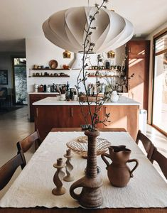 friday finds. Beautiful Kitchens, Cool Kitchens, Home Interior, Interior Styling, Interior Design, Kitchen Dining, Kitchen Decor, Dining Rooms, Home Office Space