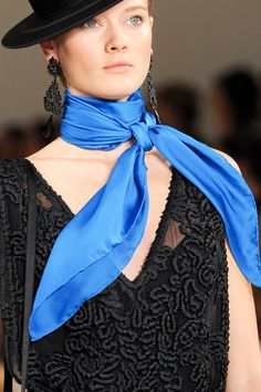 Knotted Plain Scarf around the neck, in a classic style.  Scarf Trend forSpring Summer 2013.  Ralph LaurenSpring Summer 2013.   #fashion  #trends