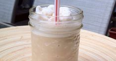 A fabulous, easy-to-make, copycat Tim Hortons' Iced Capps knock off recipe! Cold, refreshing, and delicious! Plus it's a lot cheaper to make than the original version! Cappuccino Recipe, Iced Cappuccino, Iced Coffee, Homemade Mocha, Homemade Ice, Iced Capp Recipe, Smoothie Recipes, Smoothies, Drink Recipes