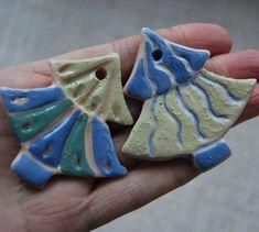 Ось ялинка зелененька, Ні велика, ні маленька... #wałbrzych #polska #winter #ceramics #ceramicstudio #ceramica #art #christmas…
