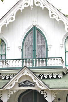 Gingerbread trim - isn't it gorgeous! - And those French doors! Victorian Cottage, Victorian Homes, Folk Victorian, Victorian Architecture, Architecture Details, Cozy Cottage, Cottage Style, House Trim, Exterior Trim