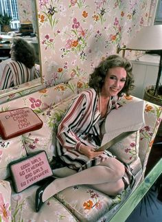 Helen Gurley Brown in her office in 1982. She commuted there on the M10 bus well into her 80s. Photo Credit Harry Benson/Contour by Getty Images