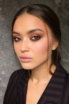 15 Natural Makeup Ideas For All Occasions - 15 natürliche Make-up Natural Summer Makeup, Best Natural Makeup, Simple Makeup, Natural Beauty, Easy Makeup, Amazing Makeup, Gorgeous Makeup, Makeup Goals, Makeup Tips