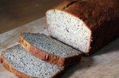 Paleo Coconut Flour Flax Bread and more of the best coconut flour bread recipes on MyNaturalFamily.com #coconutflour #recipe