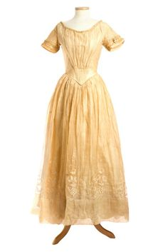 The wedding dress of Anne Porcher Mazyck, 1846 The Charleston Museum