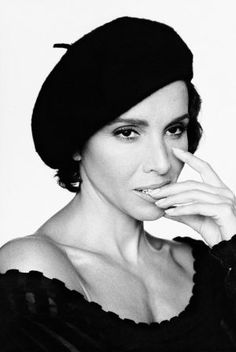 Ana Belen. Not as famous as most here, but great beret wearing no?