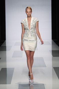Tony Ward Couture FW13/14 I Style 01
