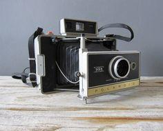 Polaroid 335.
