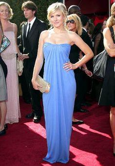 Christian Dior Gowns, Monique Lhuillier Dresses, Red Carpet Gowns, Column Dress, Kristen Bell, Red Carpet Fashion, Dress To Impress, Strapless Dress Formal, Blue Dresses