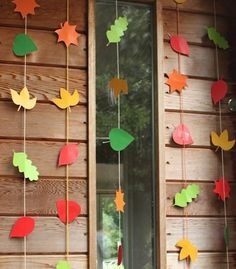 A bunch of Fall-Themed crafts for kids! Especially love these leaf buntings :)