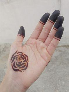 Simple Mehndi Designs Fingers, Rose Mehndi Designs, Finger Henna Designs, Latest Bridal Mehndi Designs, Mehndi Designs For Beginners, Modern Mehndi Designs, Mehndi Designs For Girls, Mehndi Design Photos, Wedding Mehndi Designs
