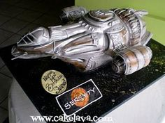 Firefly Serenity cake. My birthday is coming up. This must happen.