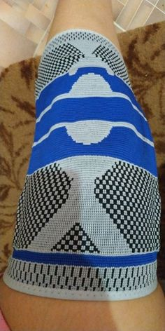 Shopify Checkout Best Knee Sleeves, Almond Benefits, Men Health Tips, Knee Brace, Workouts, Health And Beauty, Exercise, Board, Sneakers