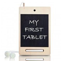 #design3000 Tablet I-Wood Mini – My First Tablet für Kids aus Holz mit Tafel, Kreide und Schwämmchen.