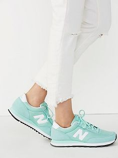 Zapatillas Sneakers New Balance Turquesa Tenis Balance, New Balance Herren Sneaker, New Balance Trainers, New Balance Shoes, Cute Shoes, Me Too Shoes, New Balance Damen, Shoes Sneakers, Shoes Heels