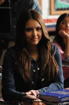 Elena Gilbert (Nina Dobrev) looooove this gorgeous woman