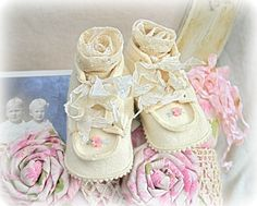 :) These are the prettiest baby shoes !!