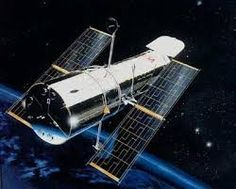 Znalezione obrazy dla zapytania teleskop hubble'a