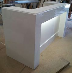 Office counter White gloss. With light