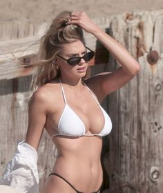 Charlotte McKinney Los Angeles Beach