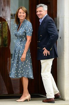 Carole and Michael Middleton arrived at Lindo Wing by taxi at today - Carole's dress is the Orla Kiely 'Dancing Girls' Tea Dress from the s/s 2012 season, and Russell & Bromley pumps. Middleton was in Sebago's Loafer. Kate Middleton Parents, Carole Middleton, Middleton Family, Prince George Alexander Louis, Prince Charles And Camilla, Prince William, William Kate, Fashion Now, Royal Fashion