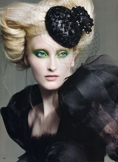 Prime Time by Francois Nars in Vogue Nippon Beauty Sept.09 by alta. Notice the crin trim on her shoulder. Besides the sweet small hat she is wearing. #millinery #judithm #hats