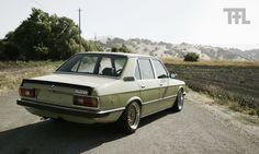 BMW (E12) 528