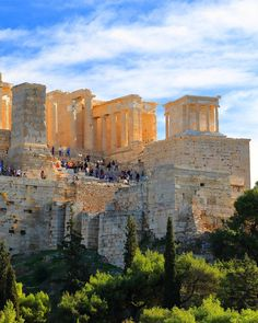 Athens Travel Guide: What to See, Do, Costs, & Ways to Save Greek Parthenon, Athens Acropolis, Athens Greece, Mykonos Greece, Crete Greece, Travel Sights, Places To Travel, Places To Visit, Travel Destinations