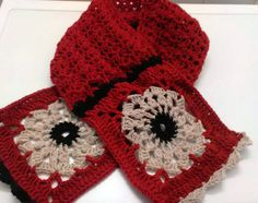 Nice crocheted scarf with flower granny by CristinaMyCrochet,