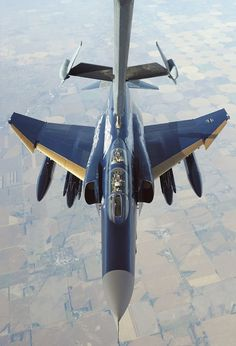 F-4  www.pyrotherm.gr FIRE PROTECTION ΠΥΡΟΣΒΕΣΤΙΚΑ 36 ΧΡΟΝΙΑ ΠΥΡΟΣΒΕΣΤΙΚΑ 36 YEARS IN FIRE PROTECTION FIRE - SECURITY ENGINEERS & CONTRACTORS REFILLING - SERVICE - SALE OF FIRE EXTINGUISHERS www.pyrotherm.gr