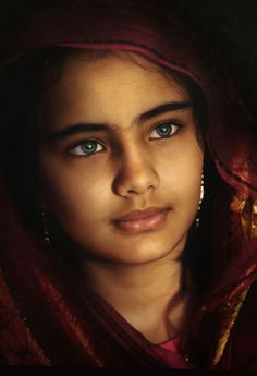 66 Ideas Eye Photography Green Beautiful Children For 2019 Kids Around The World, People Of The World, Pretty Eyes, Cool Eyes, Beautiful Children, Beautiful People, Eyes Artwork, Little Buddha, Vintage Black Glamour