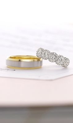 Love these glamorous wedding rings.