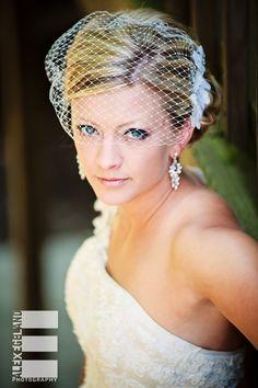 Wedding Portrait Photography Pose bird cage veil
