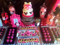 23 Ideas For Baby First Birthday Girl Decoration Dessert Tables Candy Buffet Minnie Mouse Birthday Cakes, Minnie Mouse Party, Mouse Parties, Mini Mouse Baby Shower, Baby Shower Game Gifts, Girl First Birthday, Decoration, First Birthdays, Dessert Tables