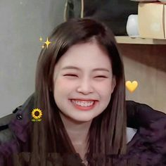Kim Jennie, Bebe Love, Blackpink Funny, Blackpink Memes, Kim Jisoo, Blackpink Video, Black Pink Kpop, Blackpink Photos, Blackpink Fashion