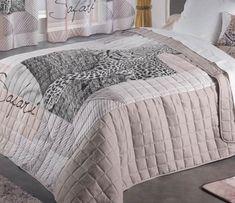 prikryvka-na-manzelsku-postel-kremovej-farby-s-motivom-safari Comforters, Safari, Blanket, Bed, Furniture, Home Decor, Creature Comforts, Quilts, Decoration Home