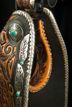 A closer look at the fine silver work with conchos by Tommy Singer and the silver round-edge braid Loren did. Unique to Skyhorse saddles is Loren's trademark silver edge braiding. Every edge is round-edge braided with fine silver lace (higher grade than sterling). So nice!